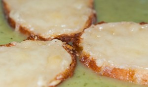 Crema con Tostadas - Primer plano